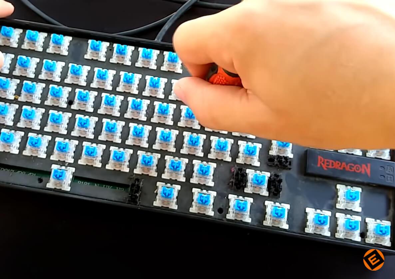 Cómo limpiar un teclado mecánico